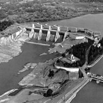 Плотина Земо-Авчальской ГЭС